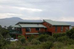 clifftop-beachhouse