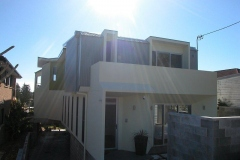 sleek-contemporary-coastal-passive-solar-dwelling